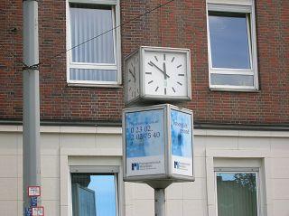 Würfel-Uhr in Witten