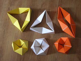 verschiedene bewegliche Modelle der 3Falt1 und 3Falt2 Baureihe von Robert BYRNES / KulturatA